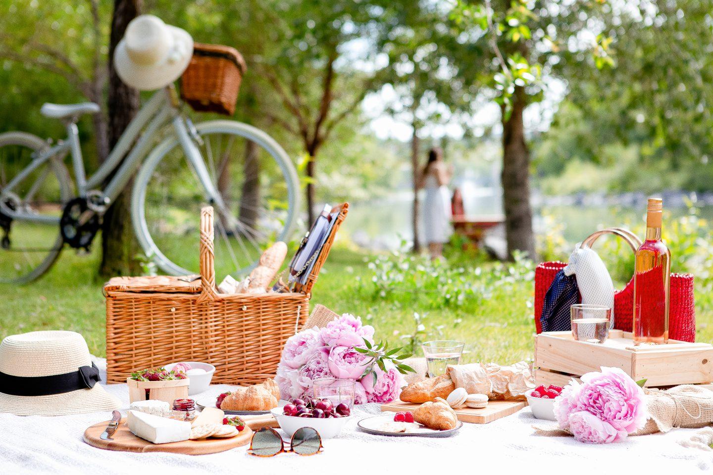 50 Ideen für den Sommer - Picknick im Grünen